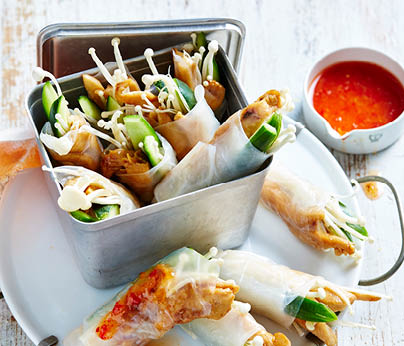 CH4872_Charter Hall_National_Recipes Spring 2019_WebTiles_FA_Teriyaki Chicken Rice Paper Rolls_404x346
